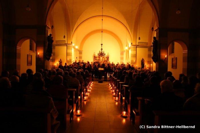 Adventkonzert L├╝sche (c) S.Bittner-Hellbernd